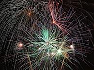 fireworks_1_bg_070402.jpg